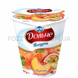 Йогурт Дольче с наполнит персик-марак 3,2% ст