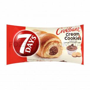 Круассан 7 Days Миди ореховый крем с кусочками печенья