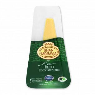 Сир Gran Moravia 32% з коров`ячого молока
