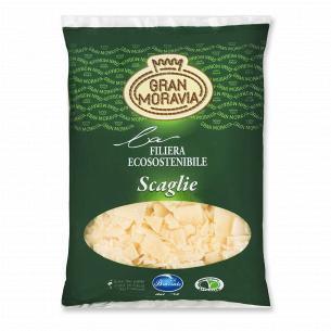 Сыр Gran Moravia хлопья 32% из коровьего молока