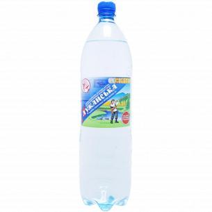 Вода мінеральна Лужанська