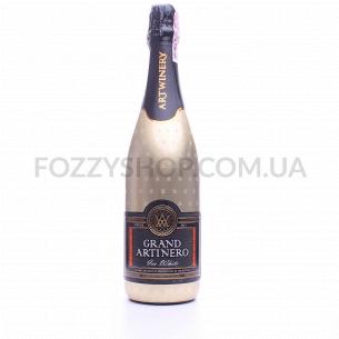 Вино игристое Grand Artinero Ice White полусладкое