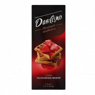 Коктейль молочный Даниссимо Клубничная вафля 2,5%